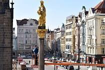 Obnova mariánského sloupu na náměstí Republiky vyjde na dva miliony korun.
