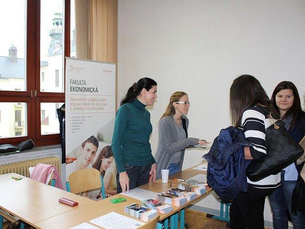 Veletrh studijních příležitostí na Západočeské univerzitě v Plzni