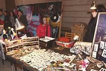 Bizzar Bazaar kombinuje bleší trh s prodejem designových produktů od mladých tvůrců