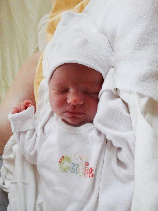 Natálka Gabrielová (3340 g, 49 cm) se narodila 29.2. v 5:56 rodičům Janě a Michalovi z Města Touškova