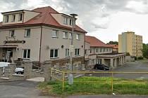 Stodská nemocnice očkuje od čtvrtka v kulturním domě blízko vlakového nádraží.