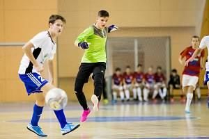 Starší žáci plzeňských fotbalistů vyhráli všech sedm zápasů a slavili vítězství.