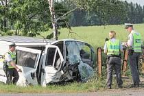Při nehodě poblíž Úněšova zemřel řidič dodávky.