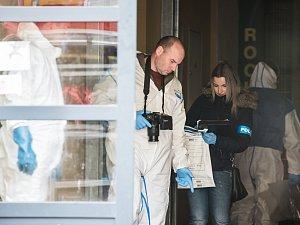 Žena zaútočila na Americké v Plzni kyselinou, zasahoval i vrtulník