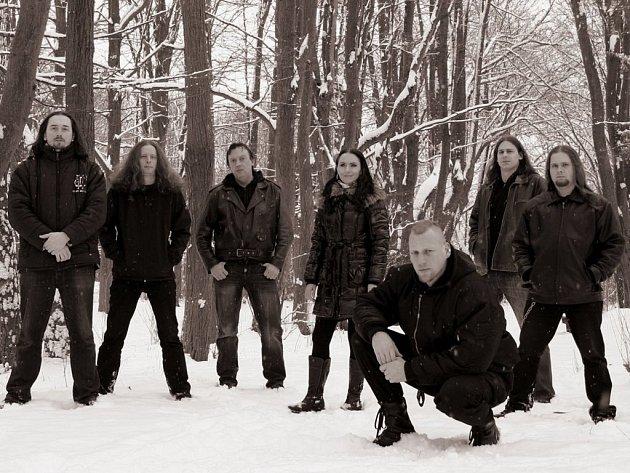 Na snímku kapely Interitus je v popředí její lídr Jan Davídek