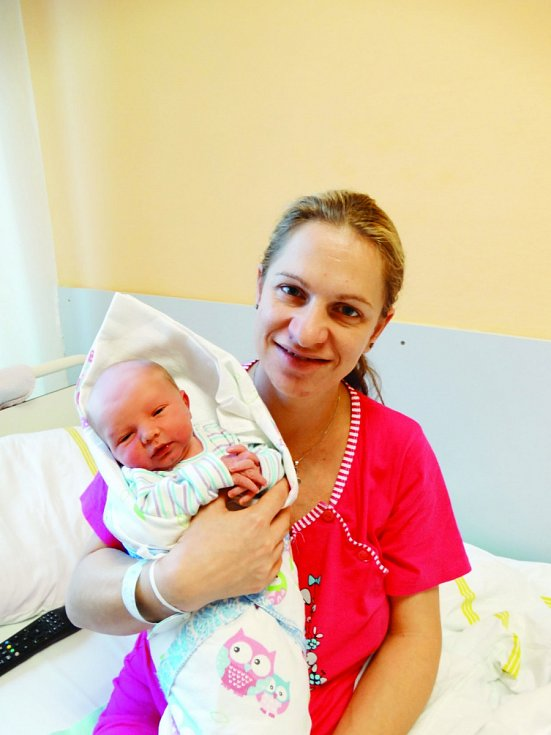 Jaroslav Nejedlý se narodil 21. listopadu v 9:35 mamince Monice a tatínkovi Martinovi ze Starého Sedliště. Po příchodu na svět v plzeňské porodnici U Mulačů vážil bráška Jana a Jakuba 3320 gramů.