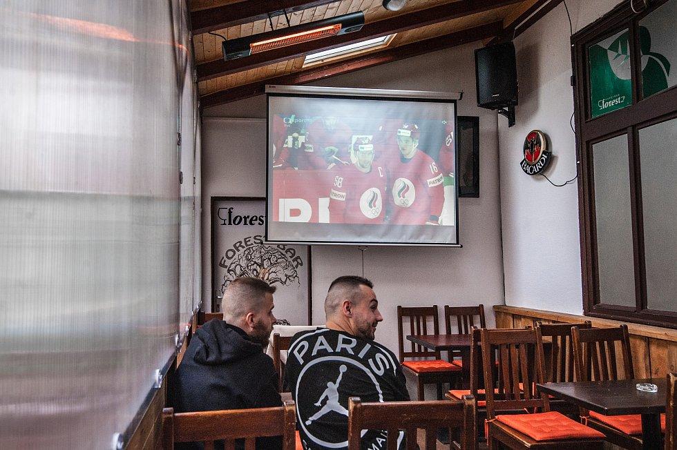 Plzeň, Online přenos hokeje na zahrádkách