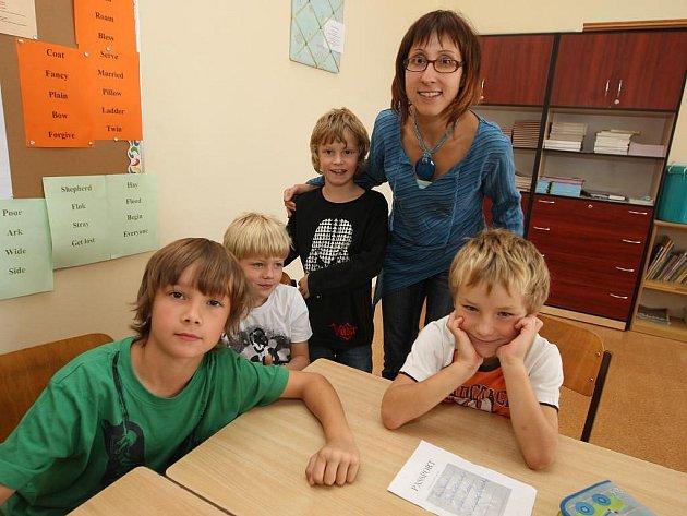Evropský den jazyků oslavili v pátek žácí Základní školy Martina Luthera v Plzni Skvrňanech