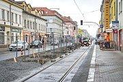 Stavební práce na Slovanské třídě v Plzni
