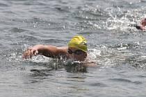 Dálkový plavec Slavie VŠ Plzeň Michal Bláha (na snímku) obsadil v memoriálu MUDr. Jaroslava Fichtla na pětikilometrové trati v celkovém hodnocení 24. místo. V kategorii dorostenců mu patřila dvanáctá pozice