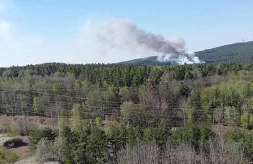 Požár Chotíkovského lesa.