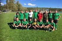 V NOVÝCH DRESECH porazili fotbalisté Prazdroje na podzim rezervu Černic 4:0.