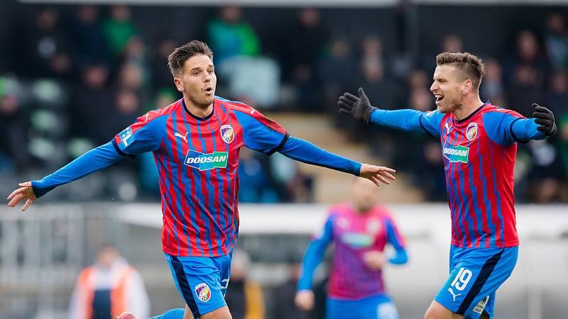 Plzeňský záložník Aleš Čermák první gól Viktorie v Jablonci (2:1) sám vstřelil, na další přihrával Beauguelovi.