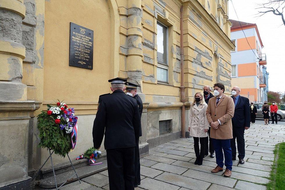 Na Doubravce uctili památku českých letců RAF