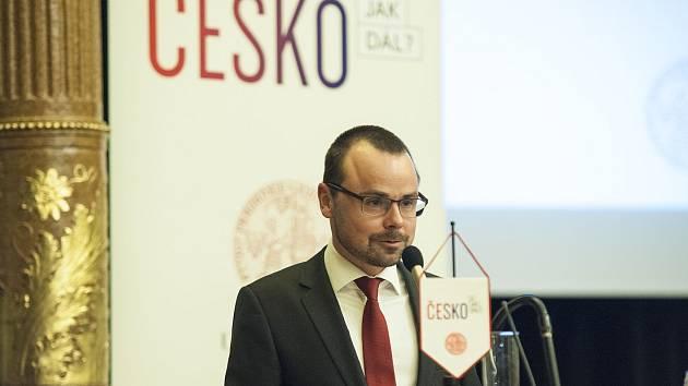 """Diskuze na téma """"Zemědělství a kvalita potravin"""" se koná v Českých Budějovicích a je pokračováním projektu """"Česko! A jak dál?""""."""