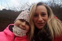 Adélka z Plzně, která bojuje s leukémií.