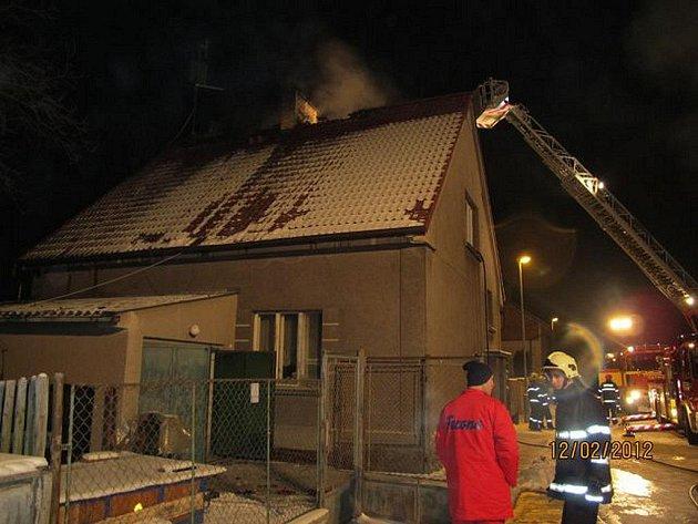 Požár domu v Červeném Hrádku