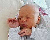 Adam Novák se narodil 26. dubna v7:00 mamince Ivě a tatínkovi Jiřímu zDobřan. Po příchodu na svět vplzeňské Mulačově nemocnici vážil jejich prvorozený synek 3200 gramů.