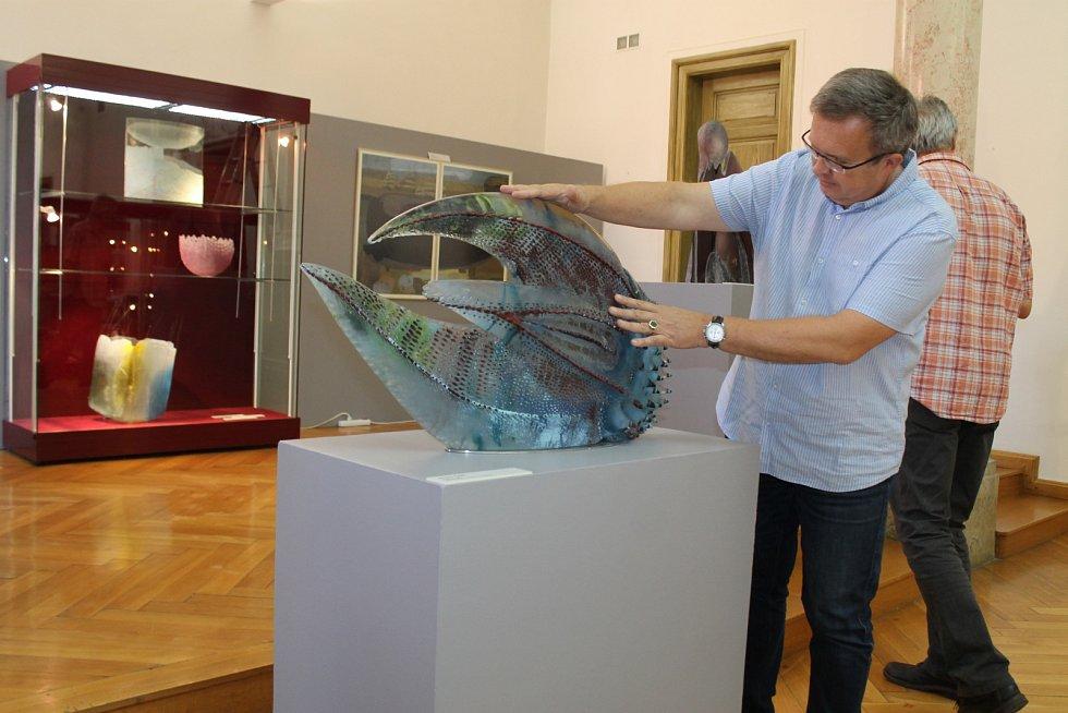 Výstava současného českého ateliérového skla v Západočeském muzeu v Plzni.