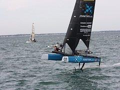 V druhém dějství prestižní Flying Phantom Extreme Sailing Series si David Křížek s kosatníkem Antoinem Joubertem vybojovali osmé místo.