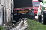 Dopravní nehoda kamionu u Nýřan převážejícího uhlí.