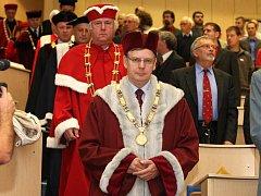 V pondělí byl na Západočeské univerzitě v Plzni slavnostně zahájen akademický rok českých vysokých škol 2010/2011