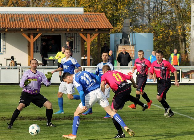 Bylo těžké znovu začít, přiznává trenér fotbalového Nepomuku Viktora.