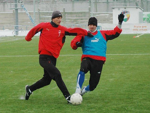 Fotbalisté FC Viktorie Plzeň zahájili v pondělí 4. ledna dopoledním tréninkem na hřišti v Luční ulici přípravu na jarní část Gambrinus ligy