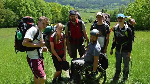 Plzeňští studenti, kteří se chystají do Himaláje, nedávno absolvovali cvičnou výpravu na Manětínsku.