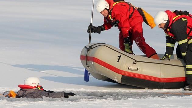 Cvičení záchranářů na Boleváku