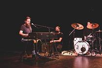 Jednou z kapel, které se zatím představily v minikoncertu z řady Moving Station Live Sessions, byli klatovští MRKLM.