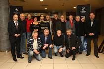 Setkání fotbalistů, kteří v roce 1971 nastoupili v dresech Škody Plzeň proti Bayernu