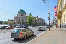 Před budovou úřadu třetího městského obvodu bude od 3. června zablokován jízdní pruh