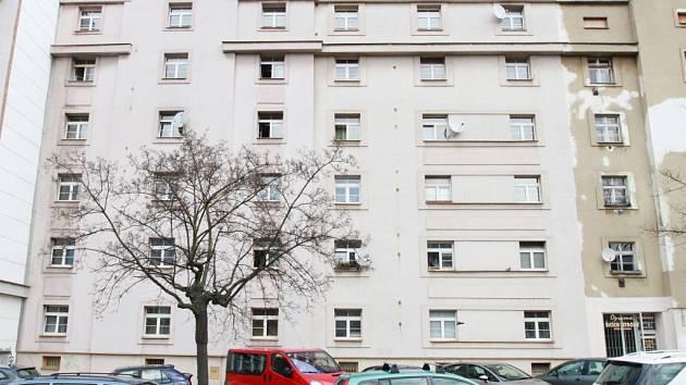 Ubytovna v Plachého 52 by měla už od příštího roku sloužit jako domov pro bezdomovce