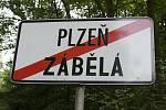Policista podezřelý z vraždy byl dopaden nedaleko Zábělé