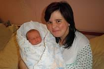 Matěj (3,18 kg, 47 cm) se narodil 8. prosince ve FN v Plzni. Z jeho příchodu na svět se radují rodiče Maruška a Jiřík Habžanští. Doma se na brášku těší devítiletá Kačenka