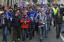 Fanoušci hokeje vyrazili protestovat do ulic