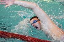 Plzeňský dálkový plavec Jakub Fichtl (na archivním snímku) obsadil na mistrovství světa v kanadském Robervalu 26. místo na desetikilometrové trati. Svoji bilanci si může vylepšit dnes, kdy ho čeká závod na pět kilometrů