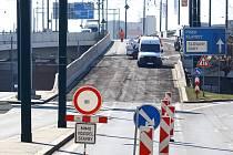 Most Nad nádražím - oprava povrchu komunikace úplná uzavírka