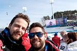 Marek Čech kromě cestování také fandil českým sportovcům. Nenechal si ujít třeba biatlonové závody.