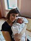 Filip Stružka se narodil 26. ledna ve 21:18 mamince Petře a tatínkovi Pavlovi z Horní Břízy. Po příchodu na svět v plzeňské FN vážil bráška čtyřleté Helenky 3700 gramů a měřil 51 centimetrů.
