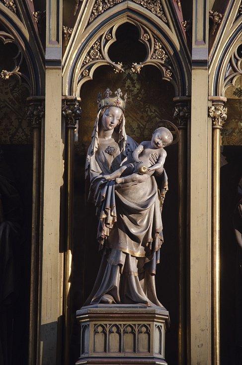 Plzeňská madona na oltáři katedrály sv. Bartoloměje v Plzni.