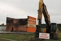 Likvidace následků požáru ve firmě Varia Plus v Plzni-Liticích