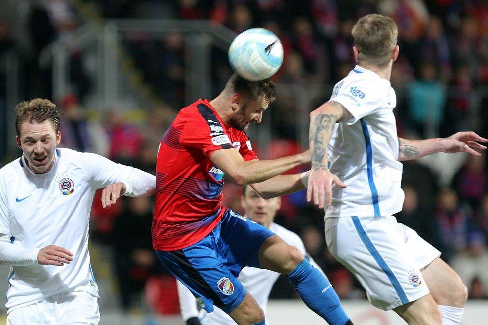 Fotbalisté Viktorie Plzeň porazili v podzimním šlágru Spartu 1:0