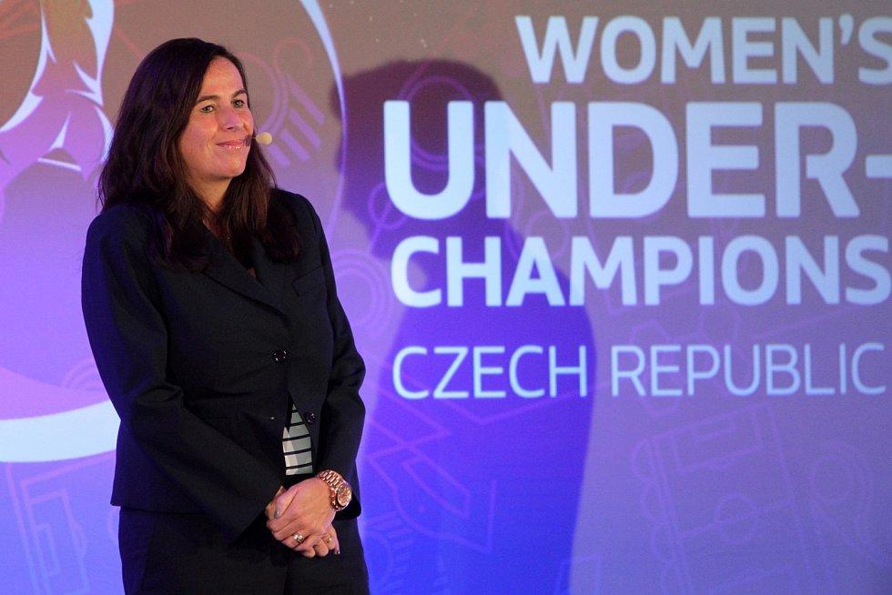 Rozlosování fotbalového ME žen do 17 let v plzeňském Parkhotelu.