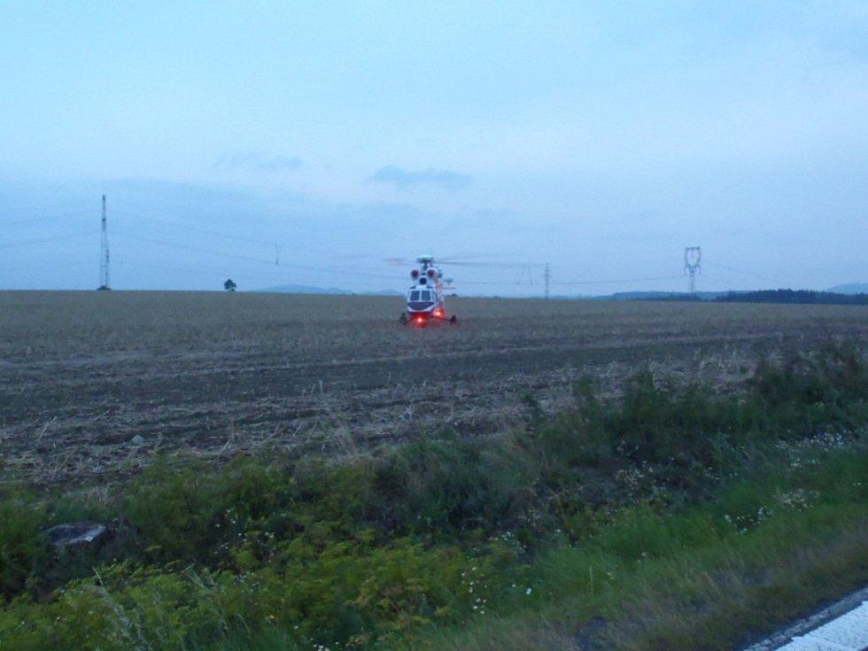 Čtvrteční večerní nehoda na silnici I/20.