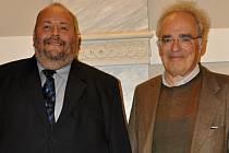 Jiří Bezděk (vlevo) a dirigent Ronald Zollman.