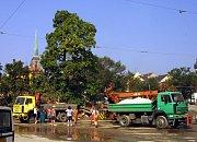 31. srpna 2002, likvidace suti z odstřelu domu U Zvonu