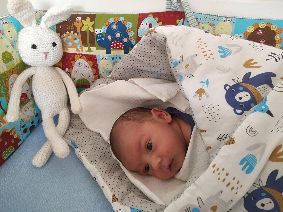 Robert Diviš z Janovic nad Úhlavou se narodil v klatovské porodnici 12. února 2021 v 8:59 hodin (2930 g, 48 cm). Rodiče Miloslava a Robert znali pohlaví svého prvního miminka dopředu.