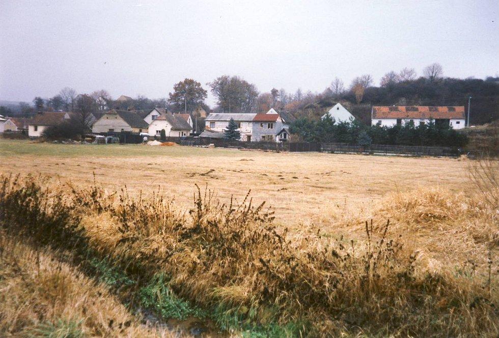 Původní plocha, kde vzniknul rybník.
